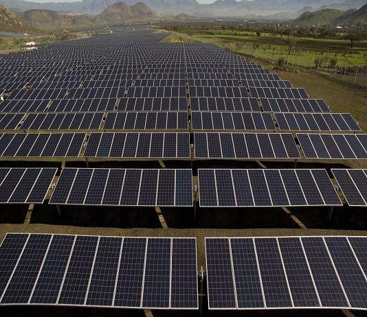 Resultado de imagen de planta de paneles fotovoltaicos colina